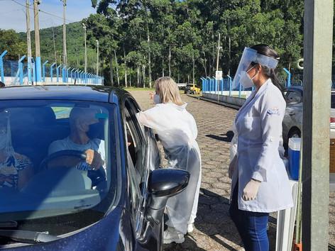 Teresópolis vacina nesta quinta-feira (29) homens e mulheres de 37 anos contra a Covid-19
