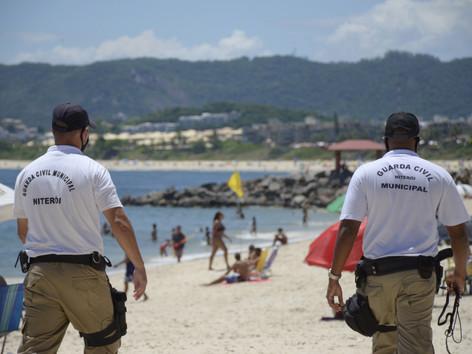 Niterói mantém barreiras no acesso às praias da Região Oceânica