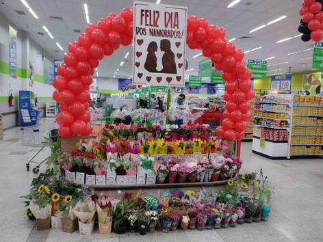 Procura por flores no supermercado cresce 100% na Semana dos Namorados