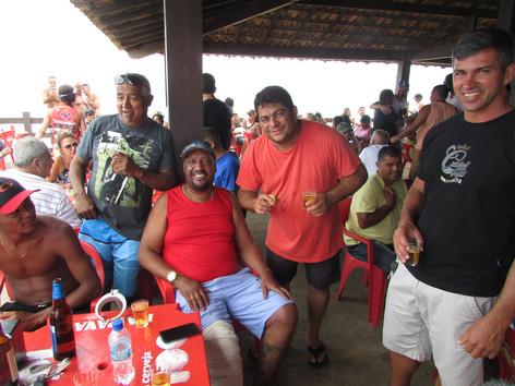 Carnaval continua no Quiosque Sobre as Ondas na Praia de Itaipuaçu