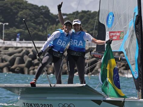 Niterói comemora bicampeonato olímpico de Martine Grael e Kahena Kunze no Japão