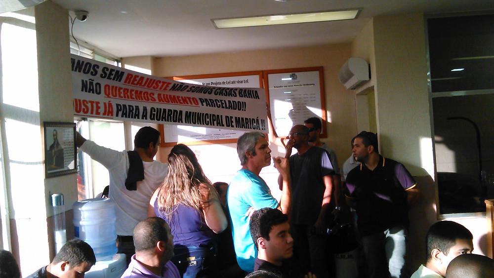 Servidores fazem manifestação na Câmara  foto GGB Comunicação