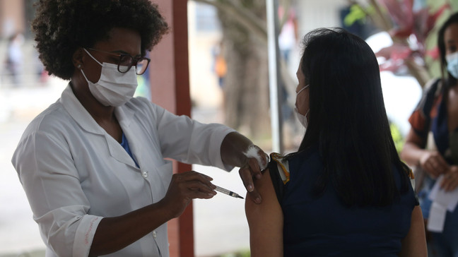 Covid-19: Vacinação em Niterói vai acontecer em sete policlínicas