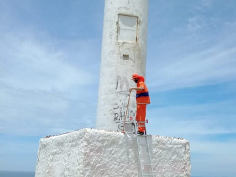 Removidas as pichações do Farol de Ponta Negra