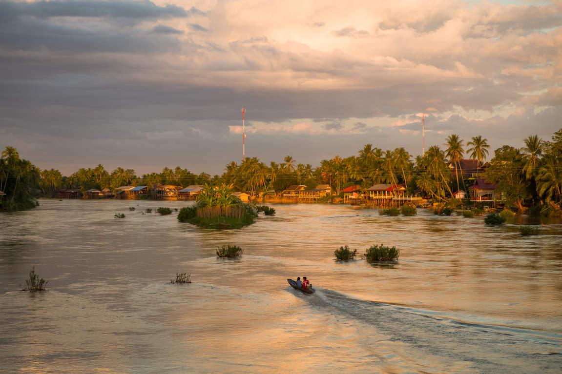 Kraina 4000 Wysp, Laos