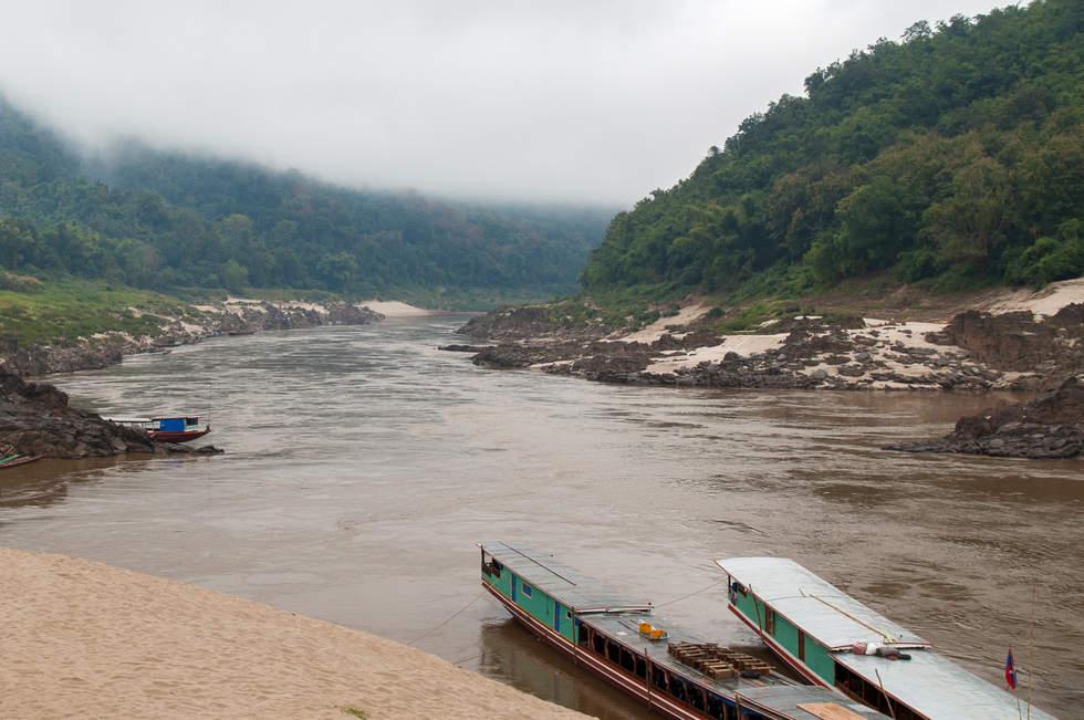 Mekong, w wiosce Pakbeng.