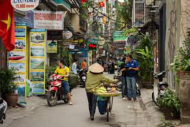 Ulica dzielnicy Old Quarter, Hanoi, Wietnam