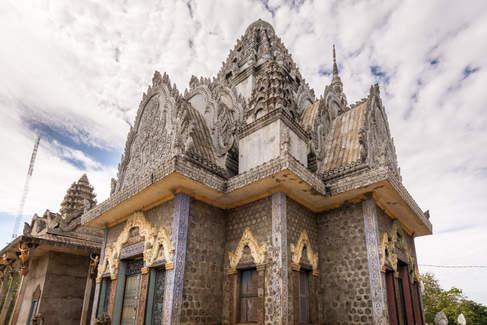 Świątynia na wzgórzu Phnom Pros