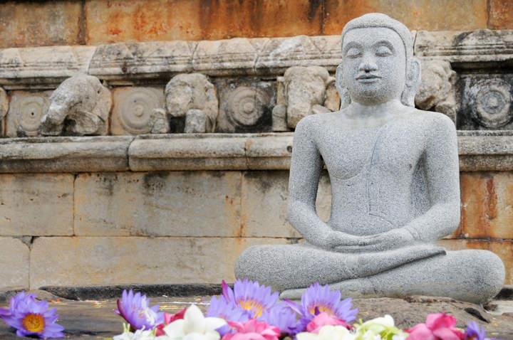 Posąg siedzącego Buddy, Sri Lanka