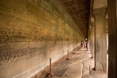 Reliefy Angkor Wat