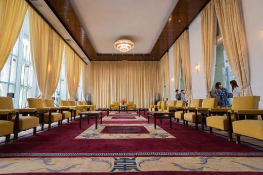 Pałac Niepodległości, sajgon