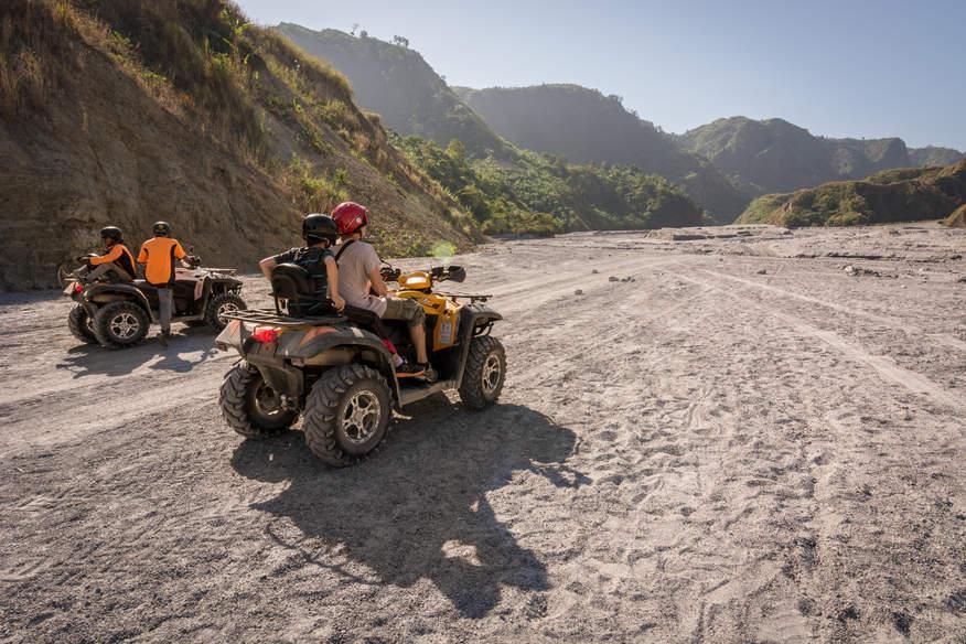 Quadami do wulkanu Pinatubo