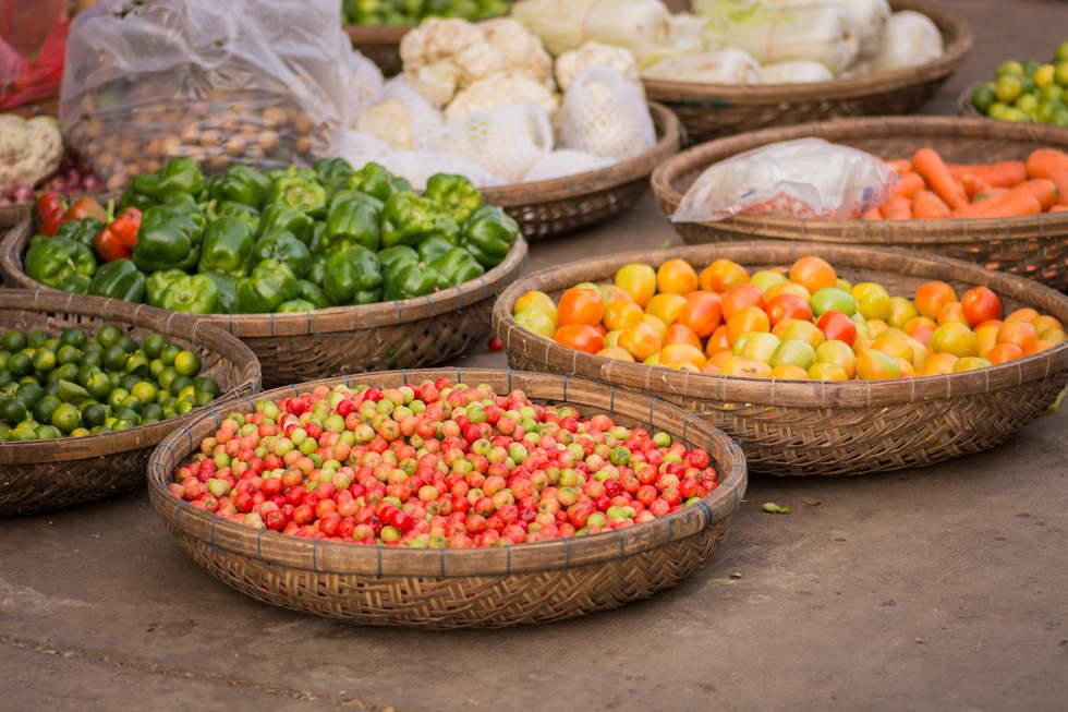Warzywa na targu w Kratie