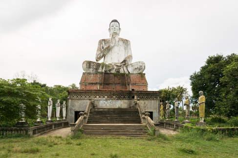 Posąg Siedzącego Buddy, Battambang