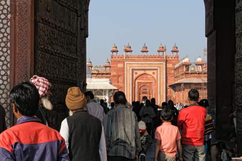 Wejście do meczetu Jama Masjid