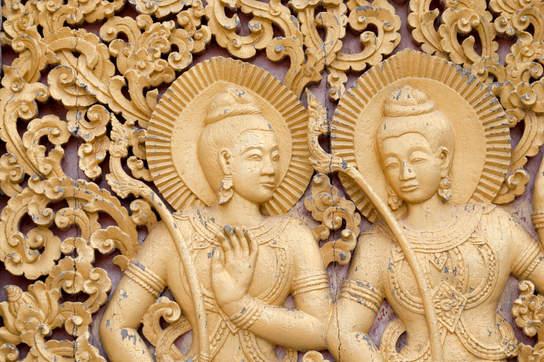 Płaskorzeźby w Wat Xieng Thong