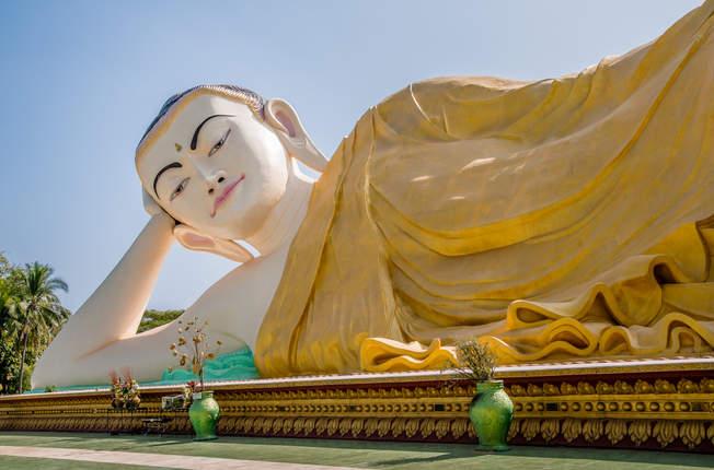 Leżący Budda Mya Tha Lyaung, Bago