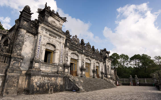 Cesarski grobowiec niedaleko Hue