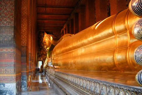 Leżący Budda w świątyni Wat Pho