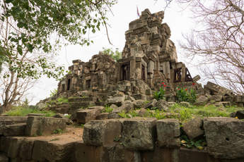 Świątynia Wat Ek Phnom, Battambang, Kambodża. Fotografia Maciej Rutkowski