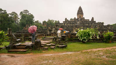 Świątynia Bakong, Angkor, Kambodża. Fotografia Maciej Rutkowski