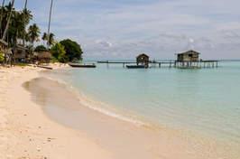 Plaża na wyspie Sibuan