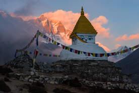 Stupa w Dingboche