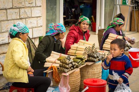 Kobiety na targu w Sapa