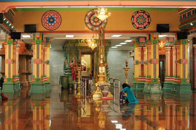 wnętrze świątyni, Kuala Lumpur