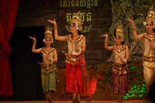 Taniec Apsar, Siem Reap, Kambodża. Fotografia Maciej Rutkowski