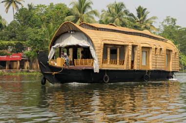 Łódź mieszkalna w Kerali