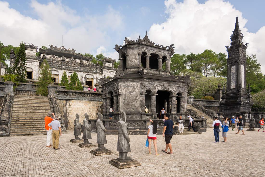 Cesarski Grobowiec w Hue