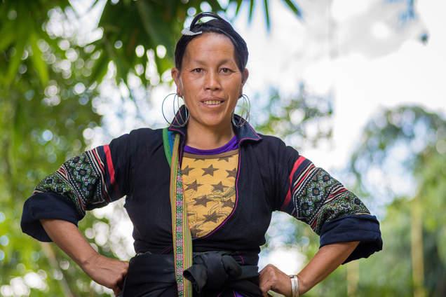 Przewodniczka Hmong, okolice Sapa