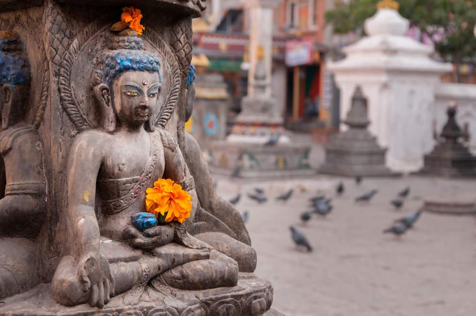 Posążek Buddy w Kathmandu