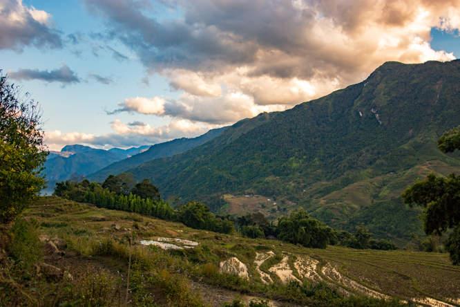 Góry w okolicy Sapa