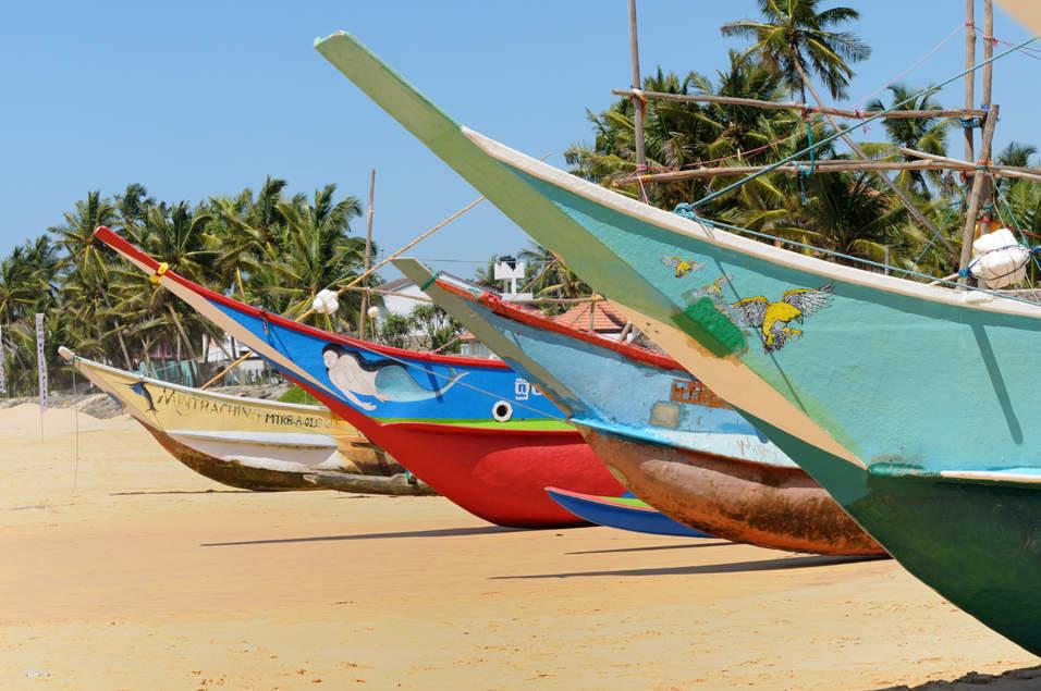 Łodzie na plaży, Hikkaduwa, Sri Lanka