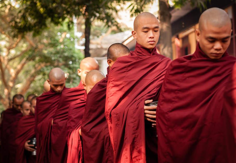 Klasztor Mahagandayon, Mandalay