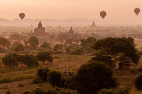 Balony nad Bagan, Birma