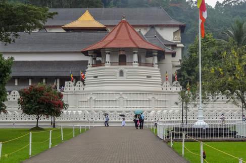 Świątynia Zęba Buddy, Kandy