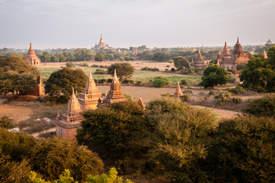 Świątynie na równinie Bagan, Myanmar