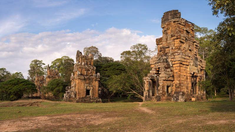 Wieże na terenie Angkor Thom.