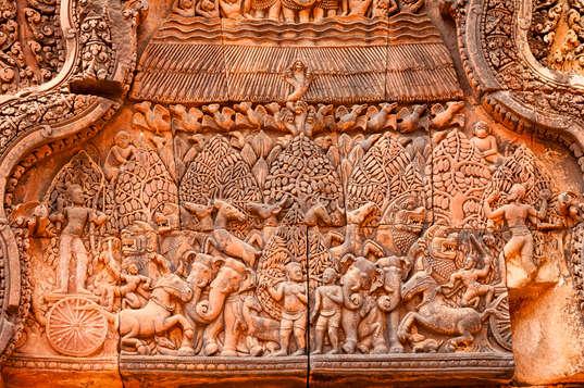 Relief w świątyni Banteay Srei, Kambodża