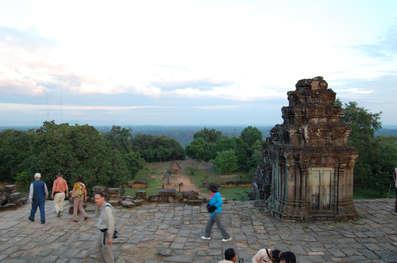 Świątynia Phnom Bakheng, Angkor, Kambodża. Fotografia Maciej Rutkowski