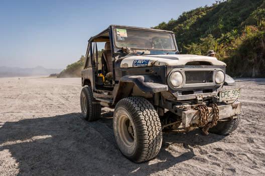 Jeepem do Pinatubo