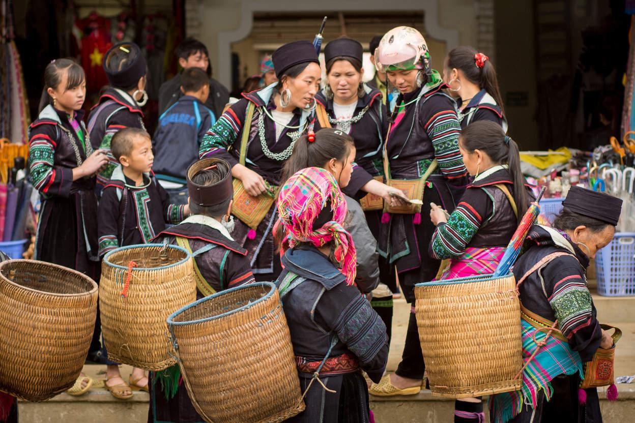 Kobiety z plemienia Hmong, Sapa