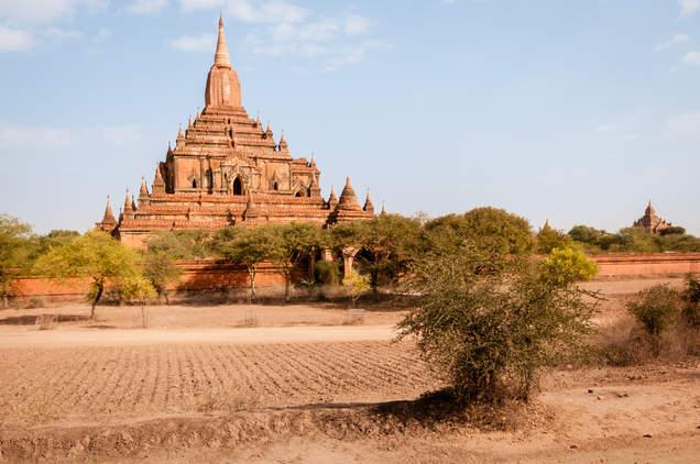 Świątynia na równinie Bagan, Myanmar