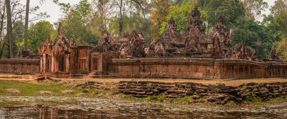 Świątynia Banteay Srei, Kambodża. Fotografia Maciej Rutkowski