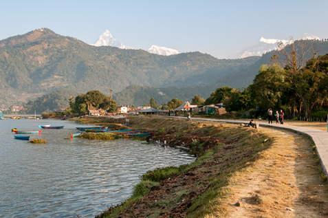 Brzeg Phewa Tal, Pokhara