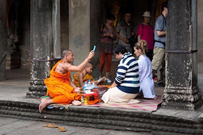 Buddyjskie błogosławieństwo, Angkor Wat, Kambodża