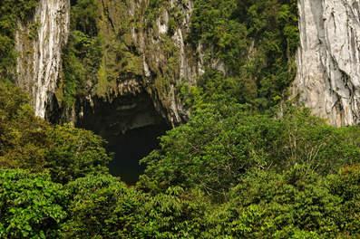 Jaskinie w Gunung Mulu, Borneo